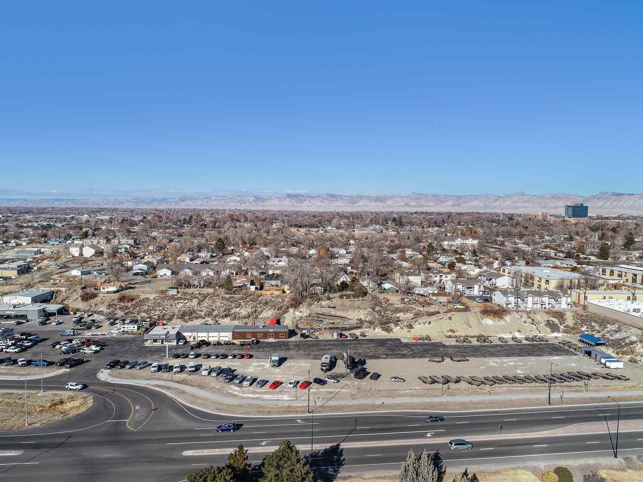 2586 Highway 6&50 Property Photo 6