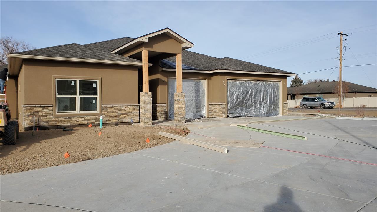 249 Esperanza Court Property Photo