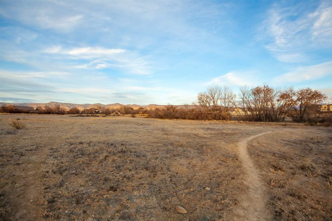 905 25 3/4 Road Property Photo