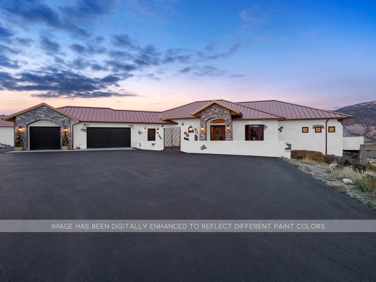 966 Mesa Drive Property Photo 1
