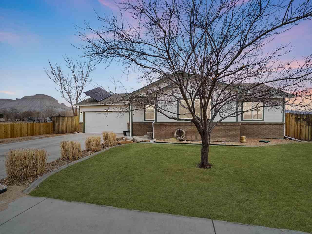 644 Orion Street Property Photo