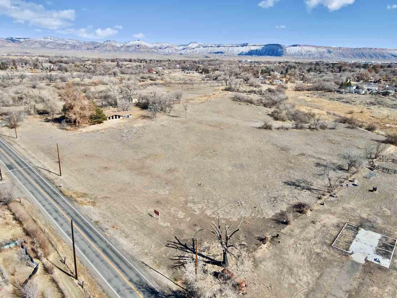 726 26 Road Property Photo 5