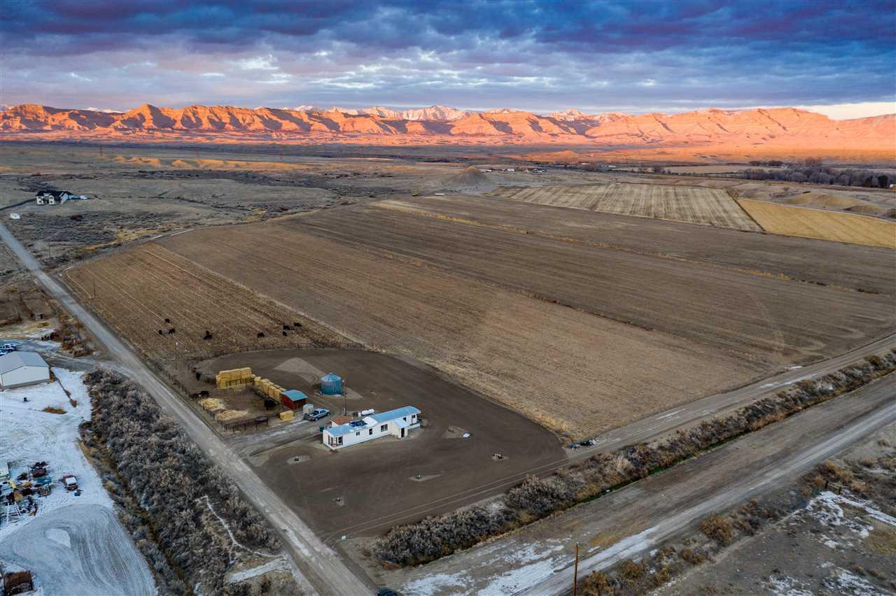 1652 17 Road Property Photo