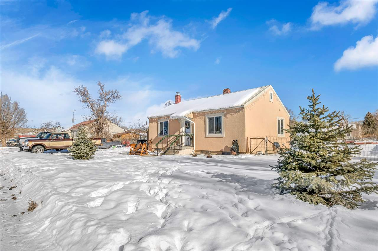 228 Cottonwood Drive Property Photo - Rangely, CO real estate listing