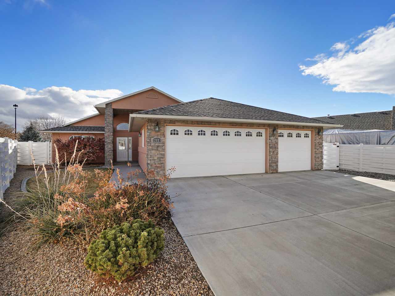 2881 Pinehurst Lane Property Photo