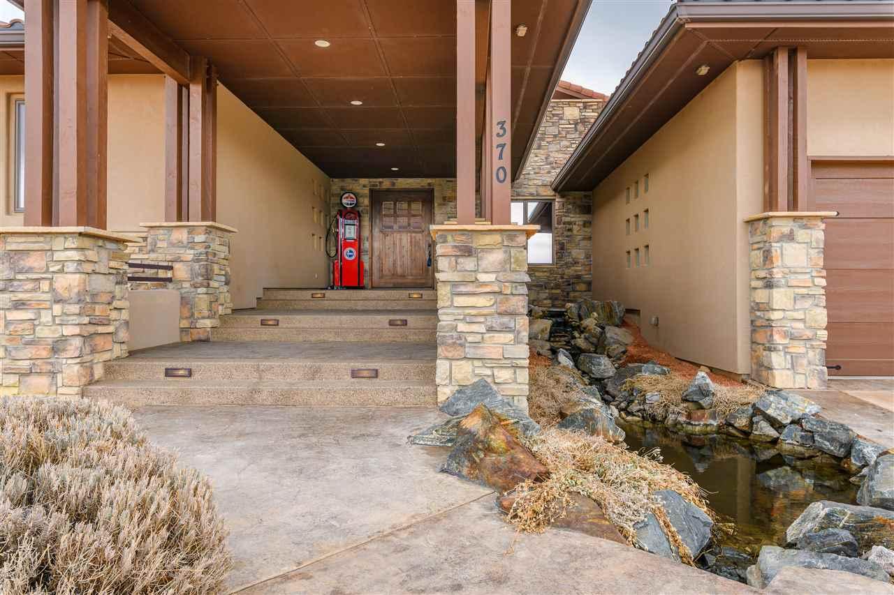 370 High Desert Road Property Photo 3