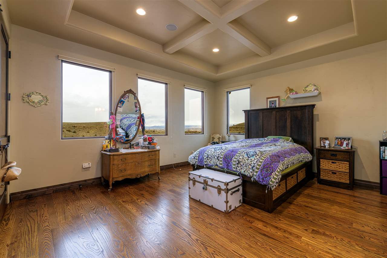 370 High Desert Road Property Photo 14