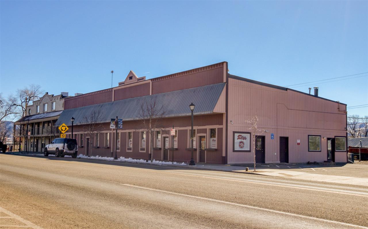 701 Main Street Property Photo