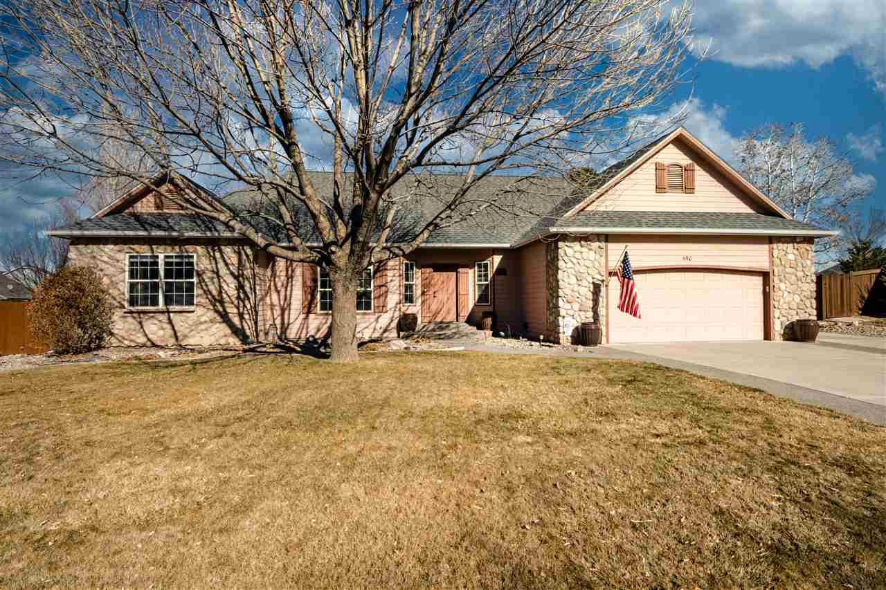 690 Country Meadows Drive Property Photo - Grand Junction, CO real estate listing