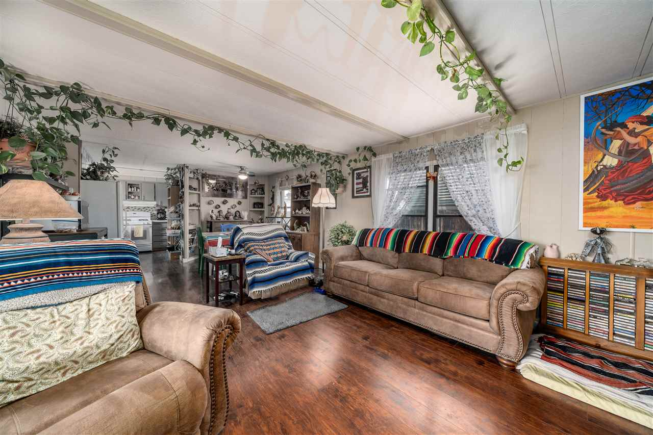 3063 Goldfinch Court Property Photo