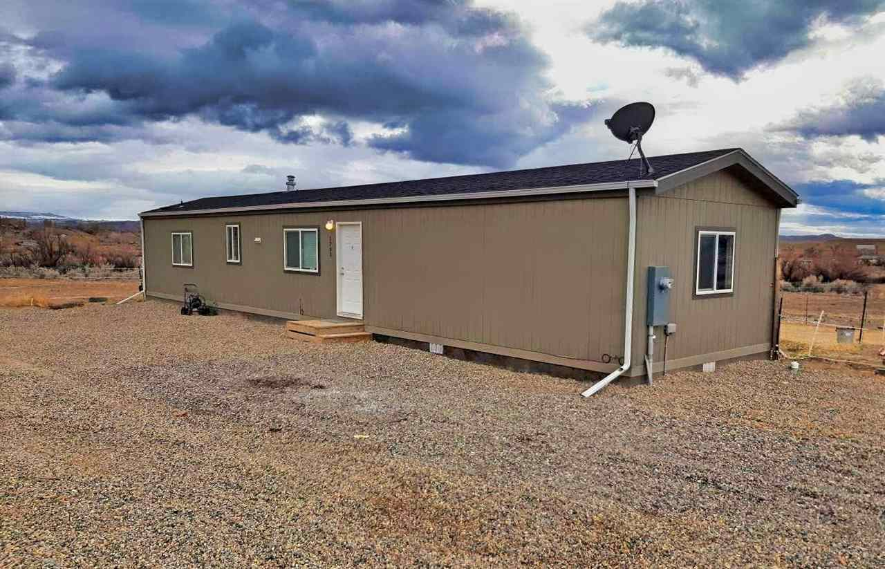 1793 10 Road Property Photo