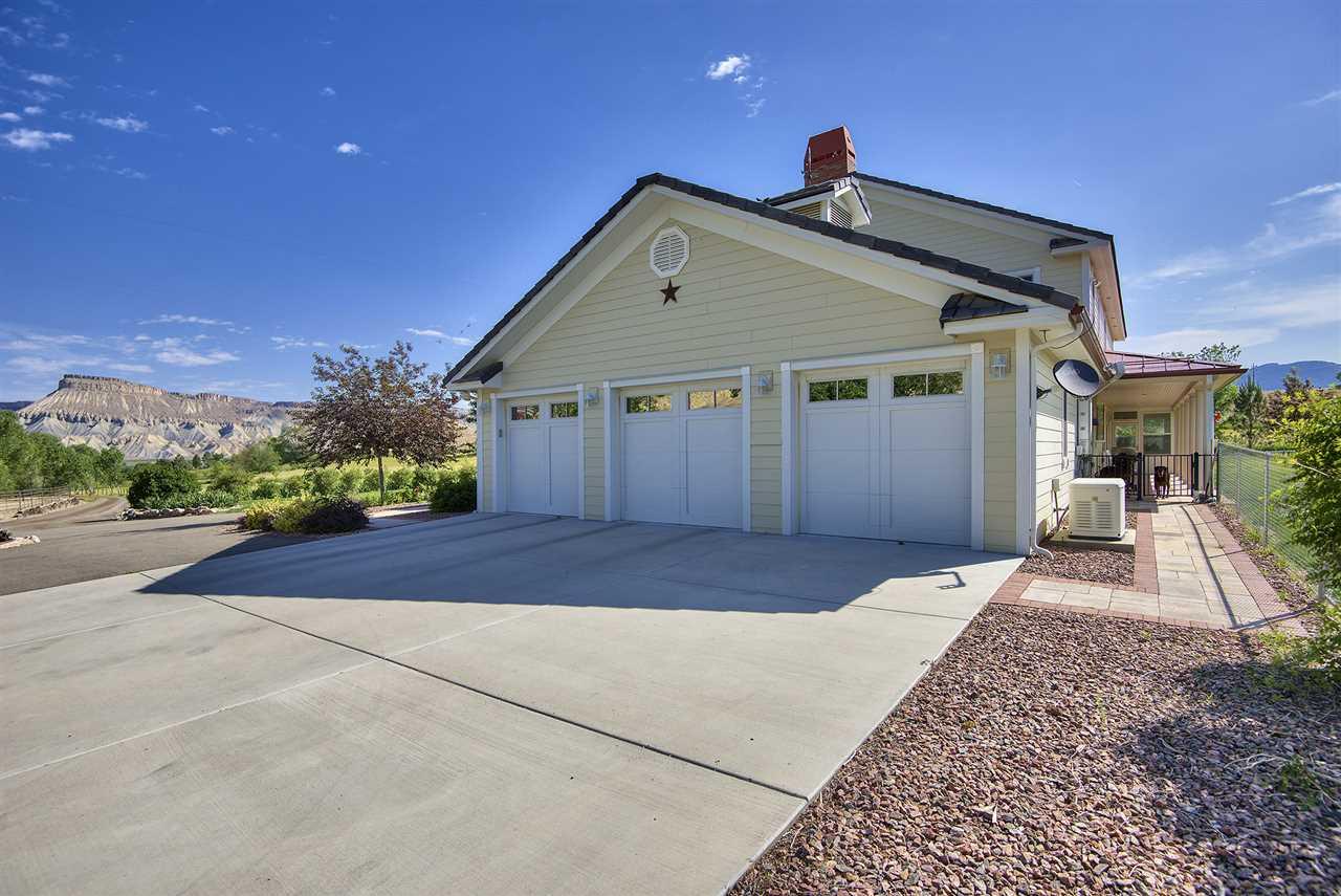 3575 E Road Property Photo 10