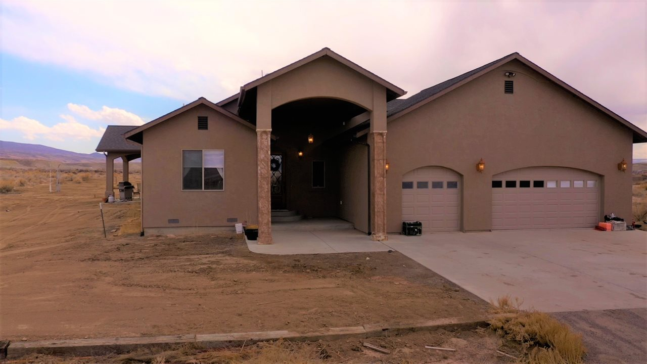 6056 Peach Valley Road Property Photo