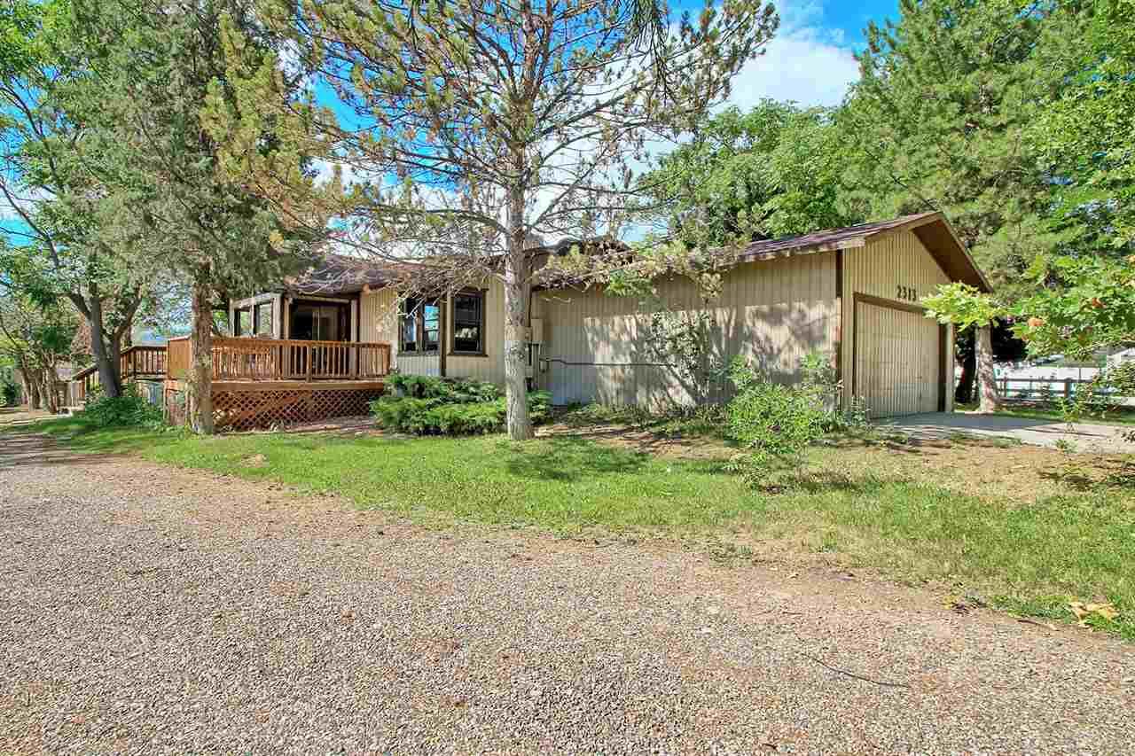 2313 E 1/2 Road Property Photo