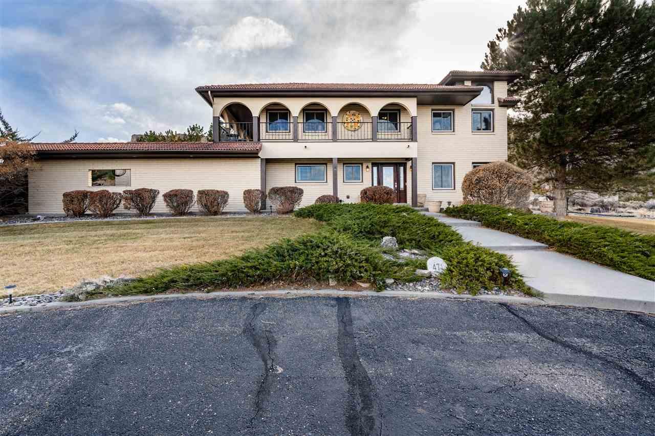 471 Tiara Drive Property Photo 2