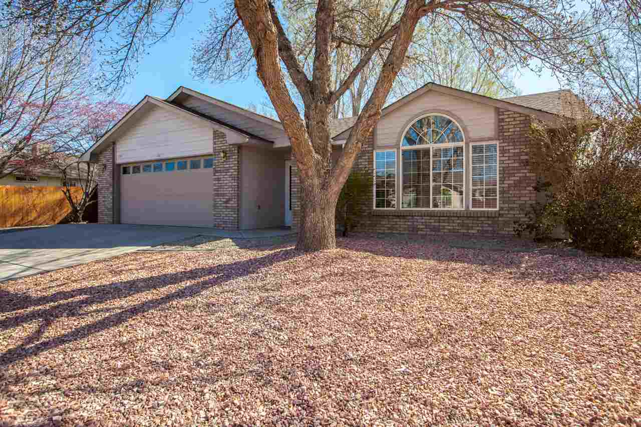 Valley Meadows East Real Estate Listings Main Image