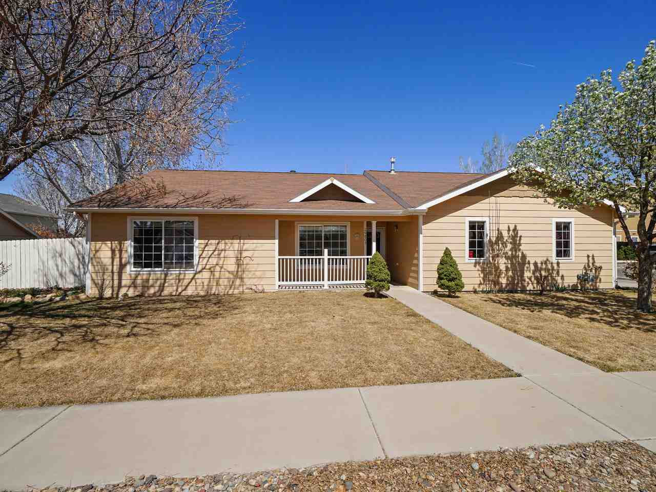 2980 1/2 Redbud Court Property Photo - Grand Junction, CO real estate listing