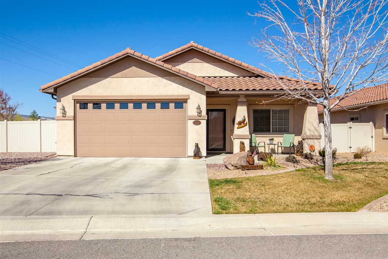 201 Love Mesa Drive Property Photo - Grand Junction, CO real estate listing