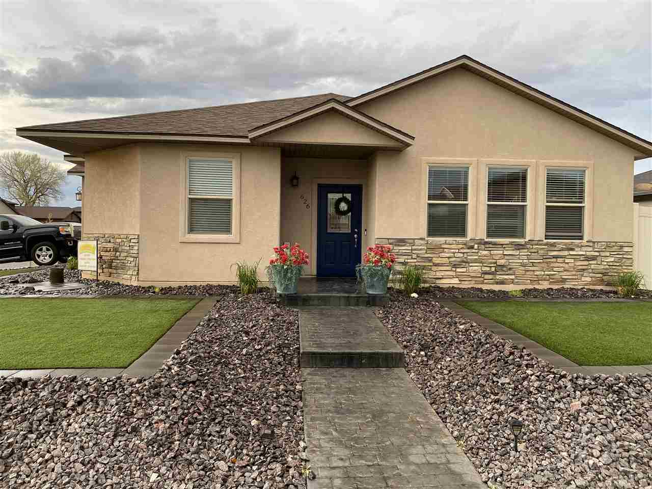 626 24 3/4 Road Property Photo - Grand Junction, CO real estate listing