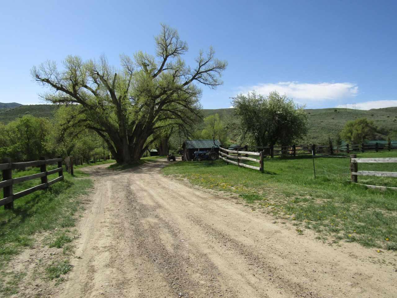 16372 S Highway 13 Property Photo 5