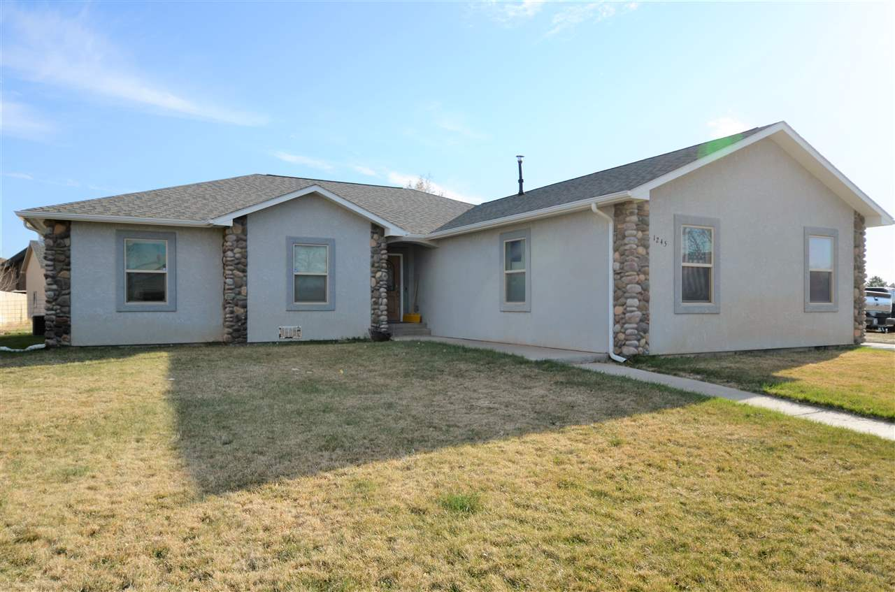 1245 La Mesa Circle Property Photo - Rangely, CO real estate listing