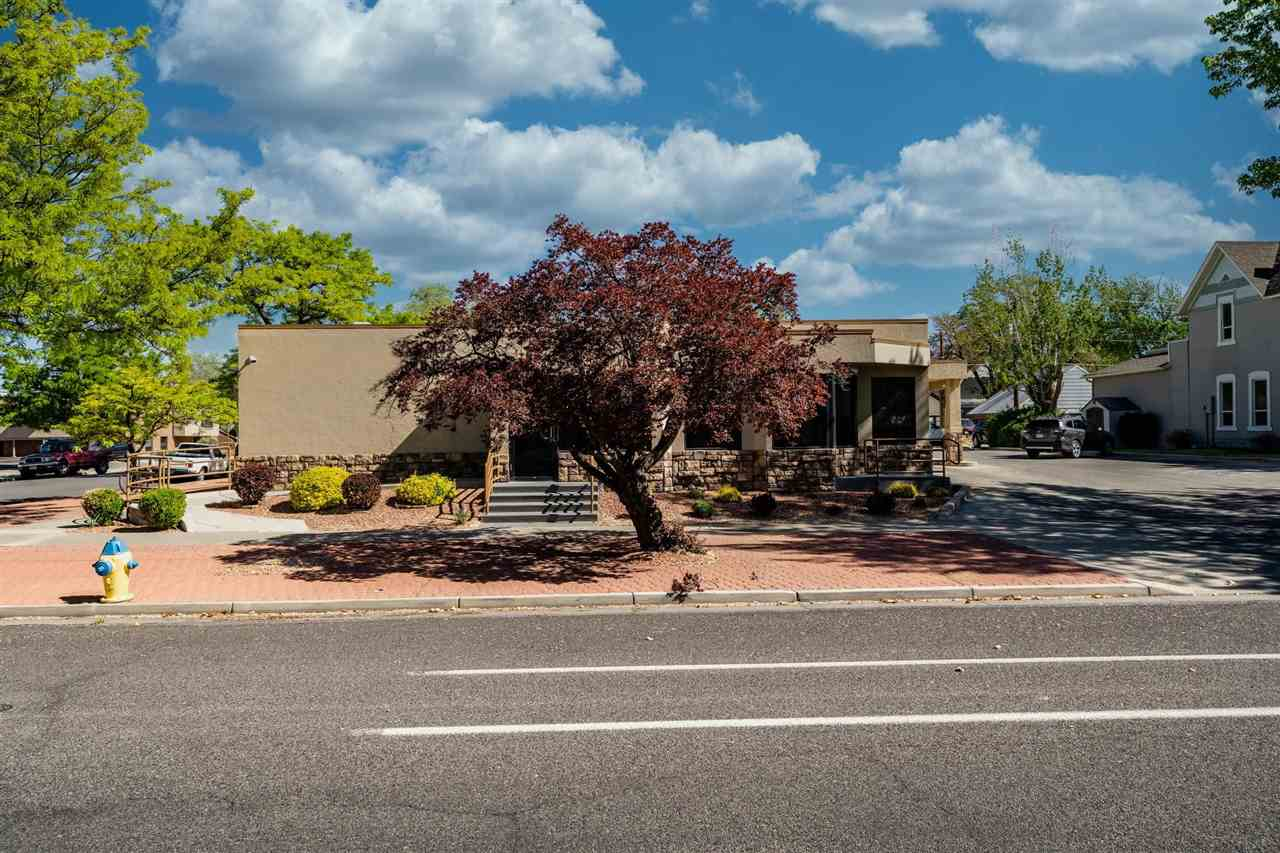 910 Main Street Property Photo