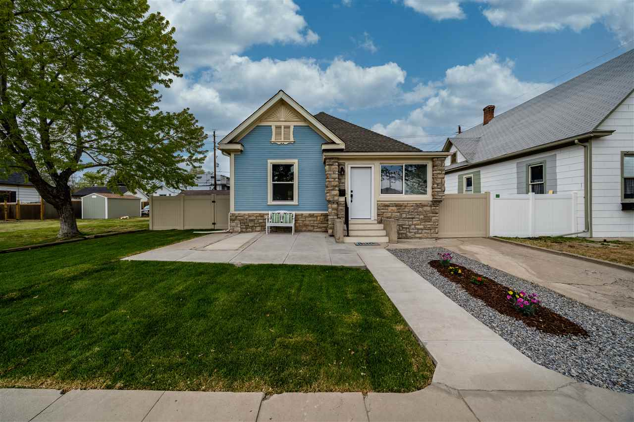 1050 Ouray Avenue Property Photo