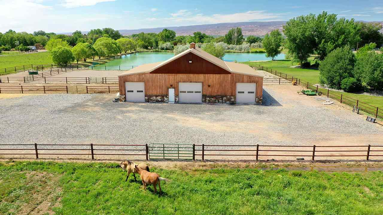 2458 Home Ranch Court Property Photo 4