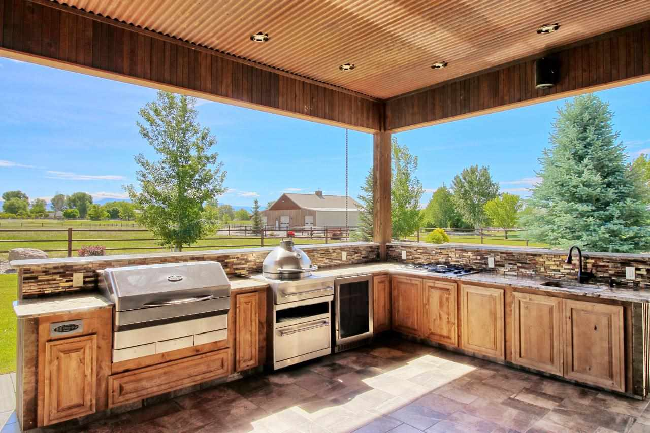 2458 Home Ranch Court Property Photo 11
