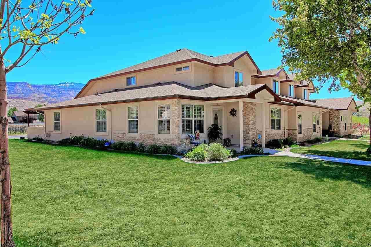857 Montclair Drive Property Photo 1
