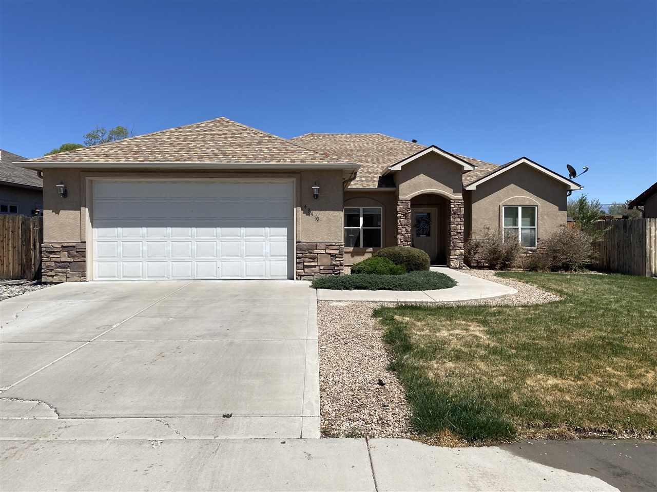 494 1/2 Chatfield Circle Property Photo
