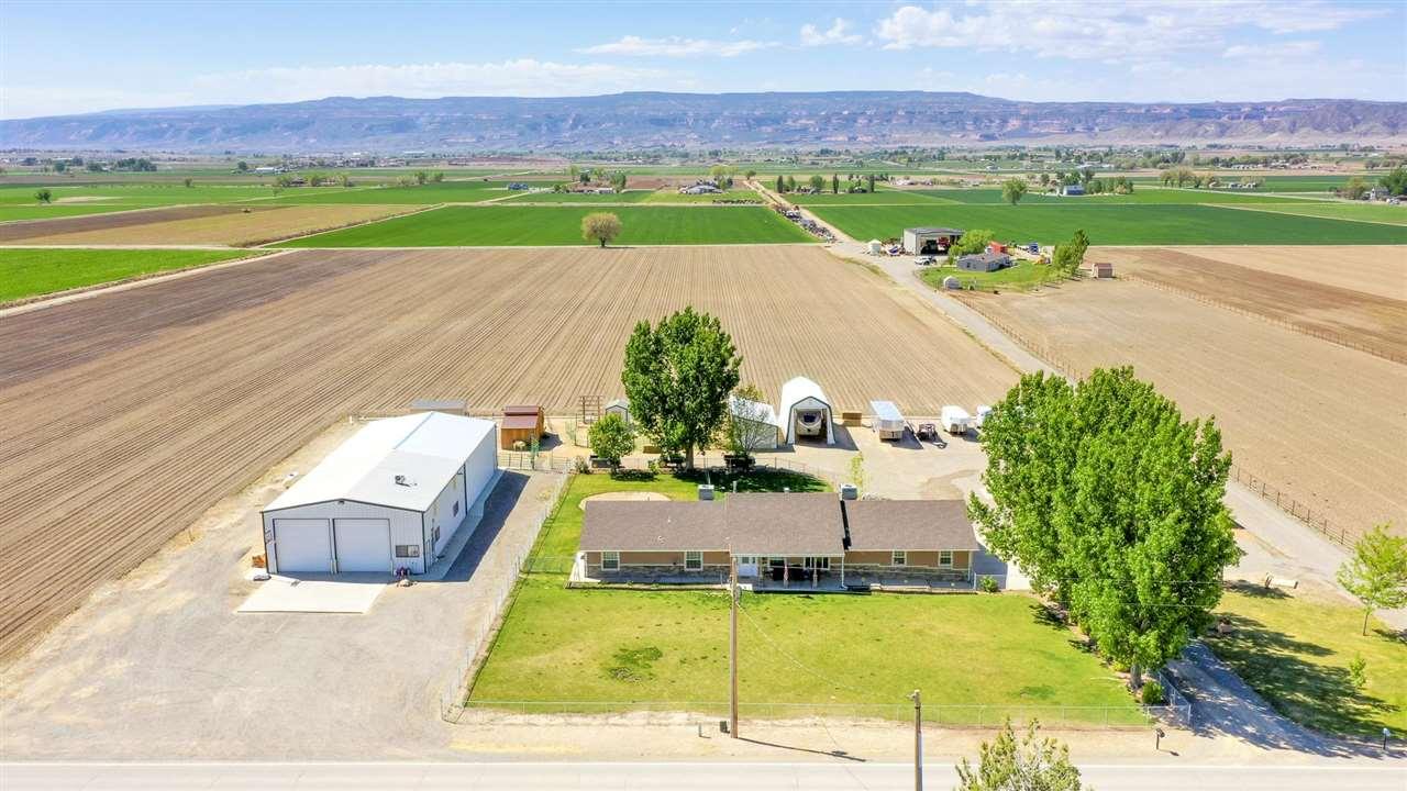 1329 Q Road Property Photo