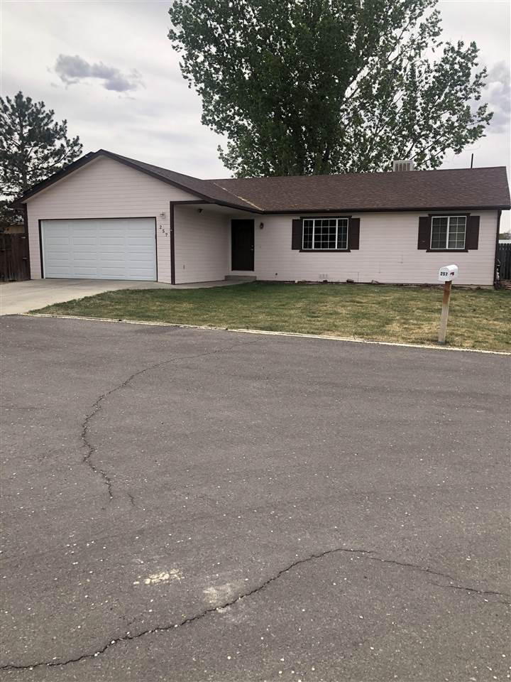 257 Carriage Court Property Photo - Grand Junction, CO real estate listing