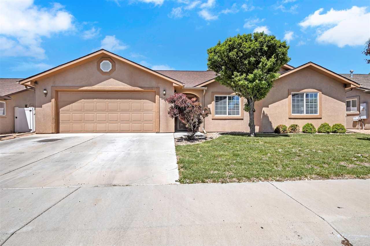 3012 Oakwood Drive Property Photo