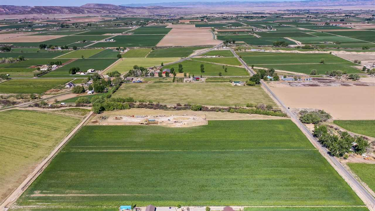 1475 P Road Property Photo - Loma, CO real estate listing