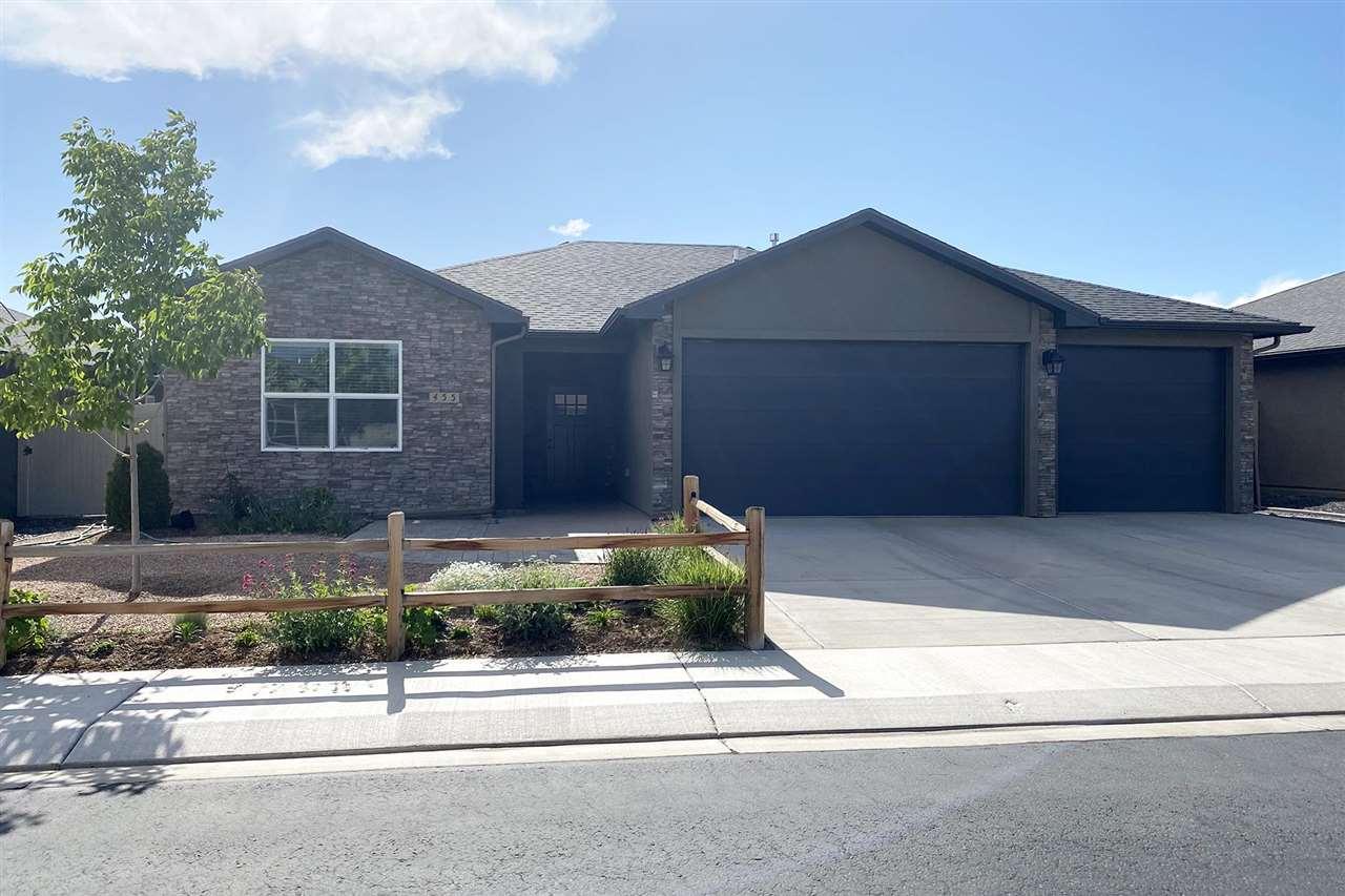 455 Lewis Street Property Photo