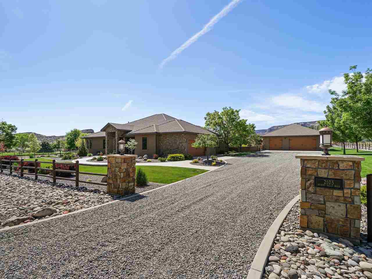 2105 Desert Hills Road Property Photo 1