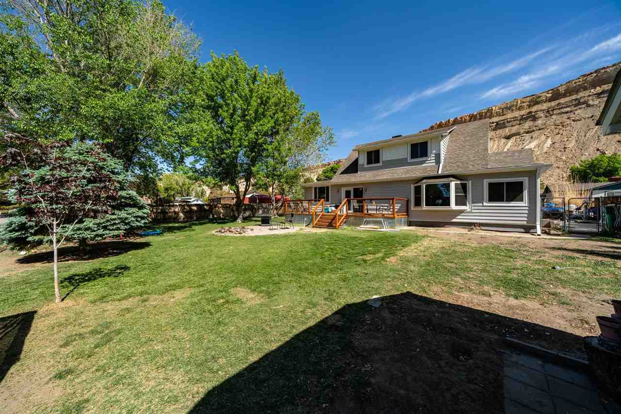 569 Rosa Street Property Photo