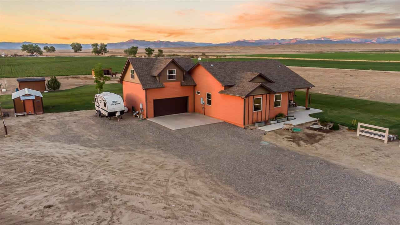 1776 12 Road Property Photo