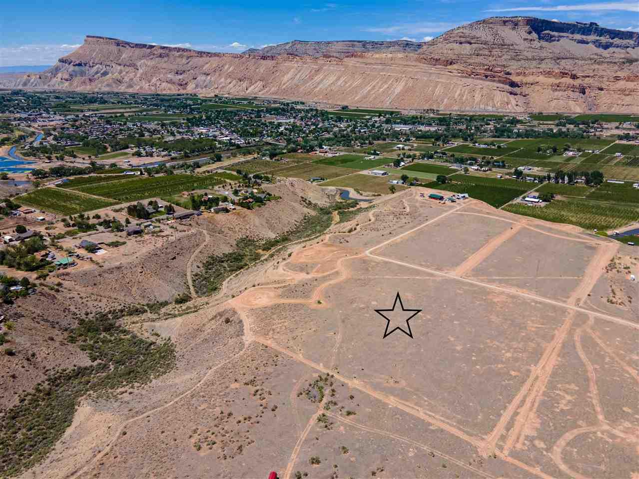 656 39 Road Property Photo