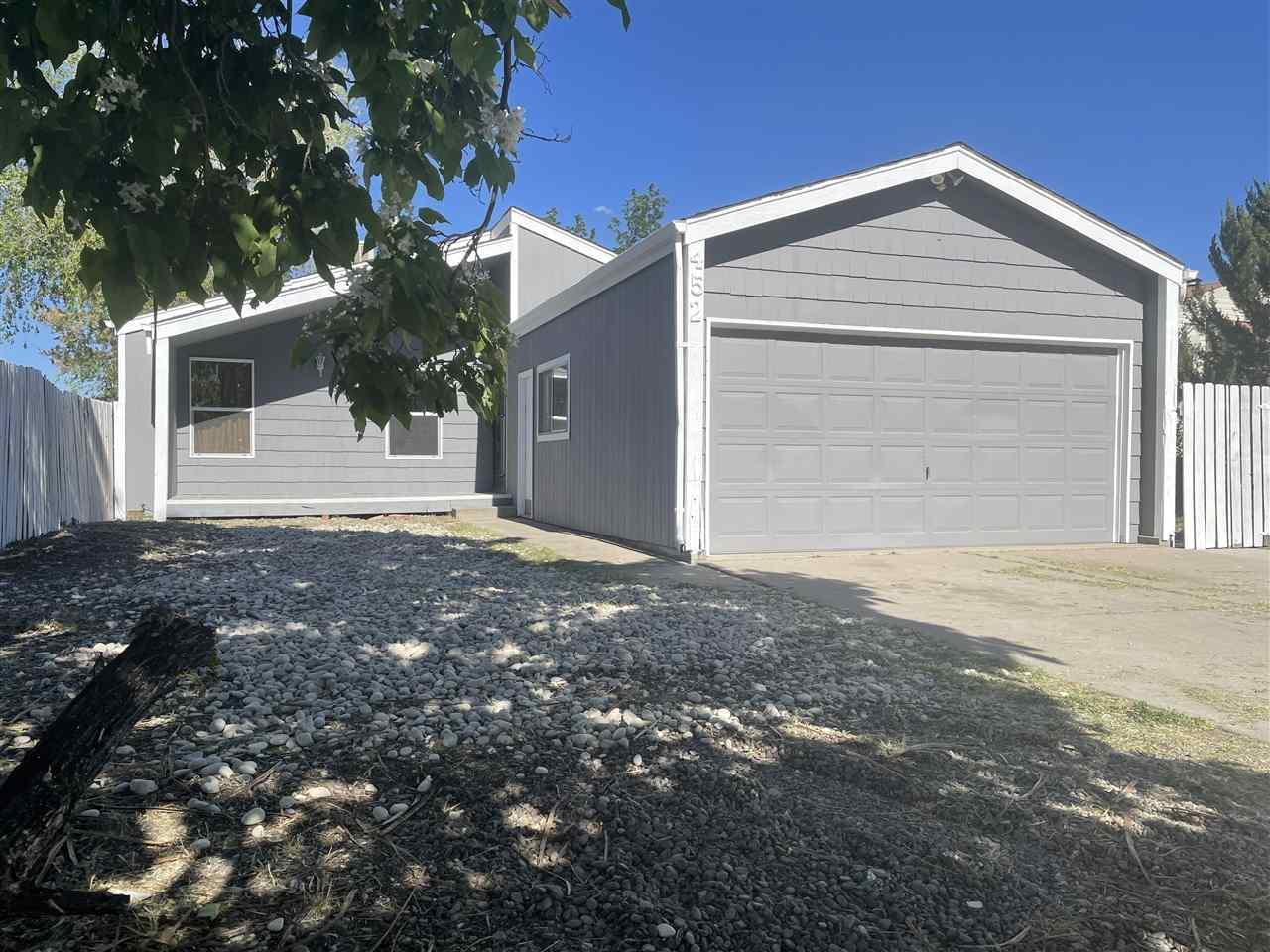 452 Carson Lake Drive Property Photo 1