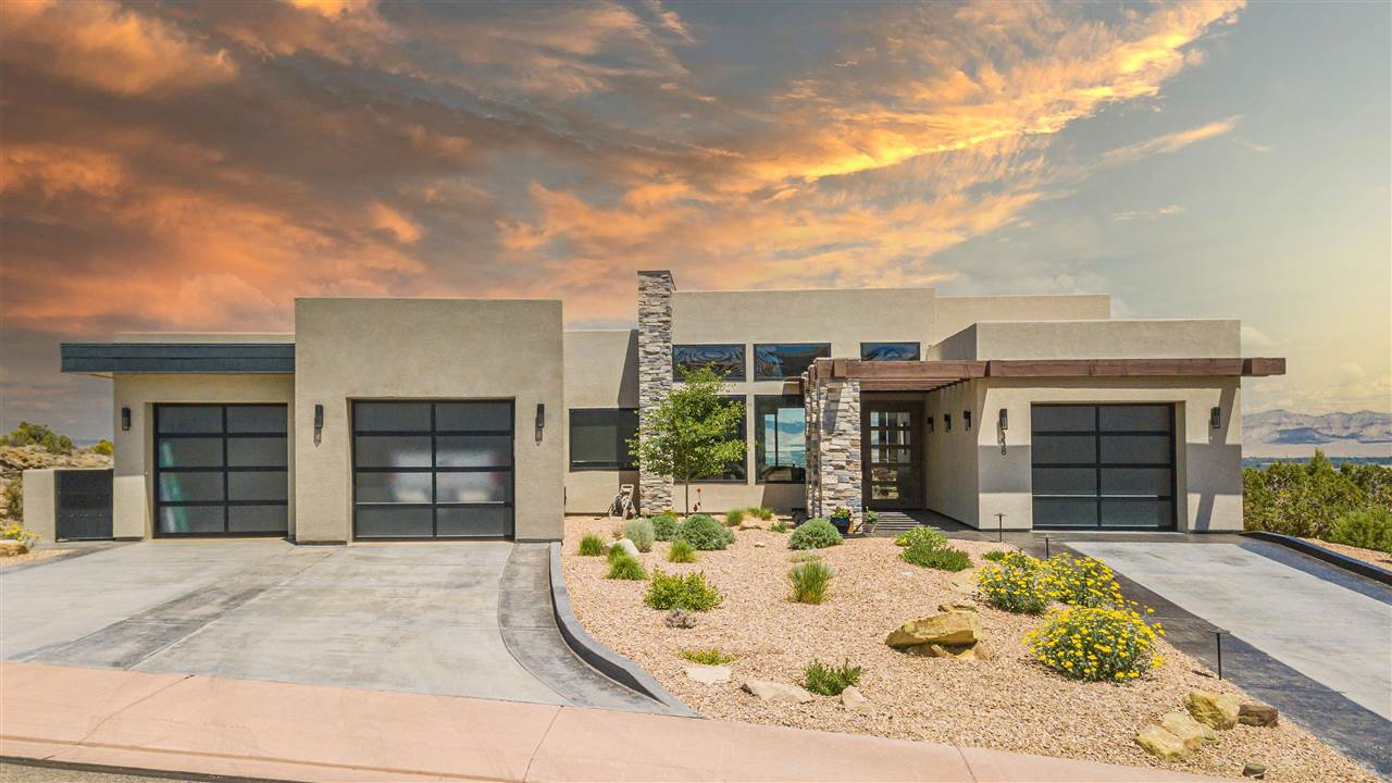 338 Red Ridge Court Property Photo 1