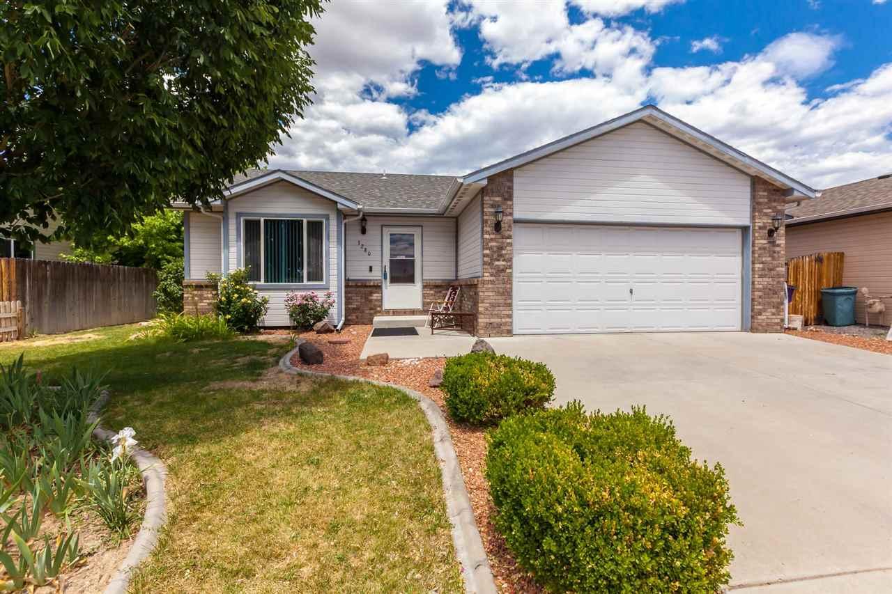 3280 Columba Drive Property Photo 1