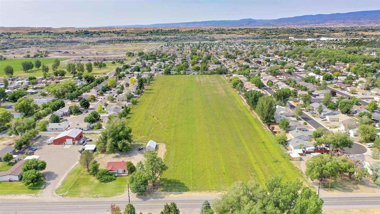 3245 E Road Property Photo
