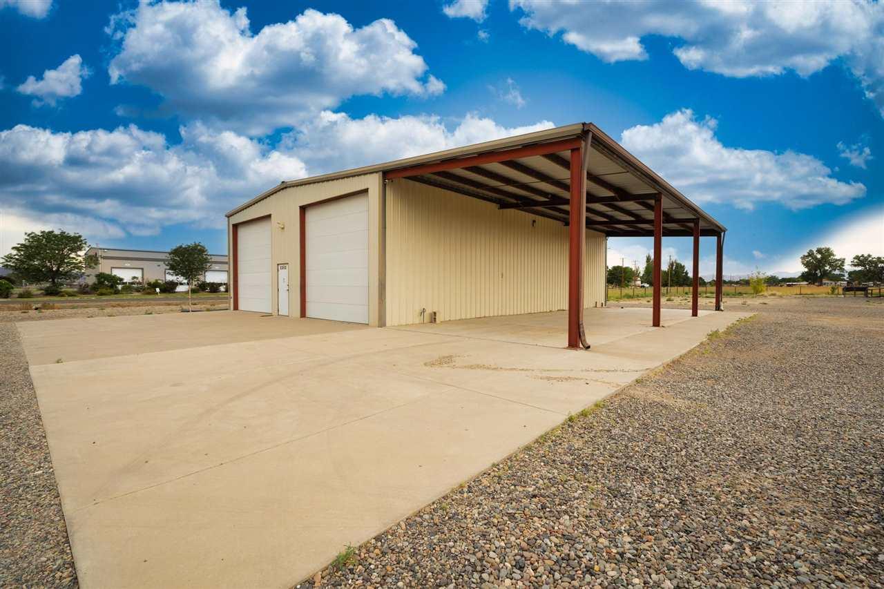 2202 H Road Property Photo 14