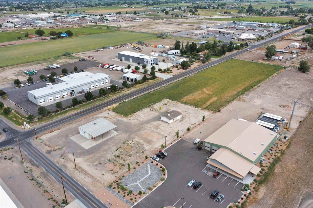2202 H Road Property Photo 22
