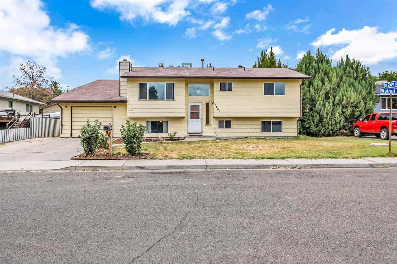 2406 Walnut Avenue Property Photo 1