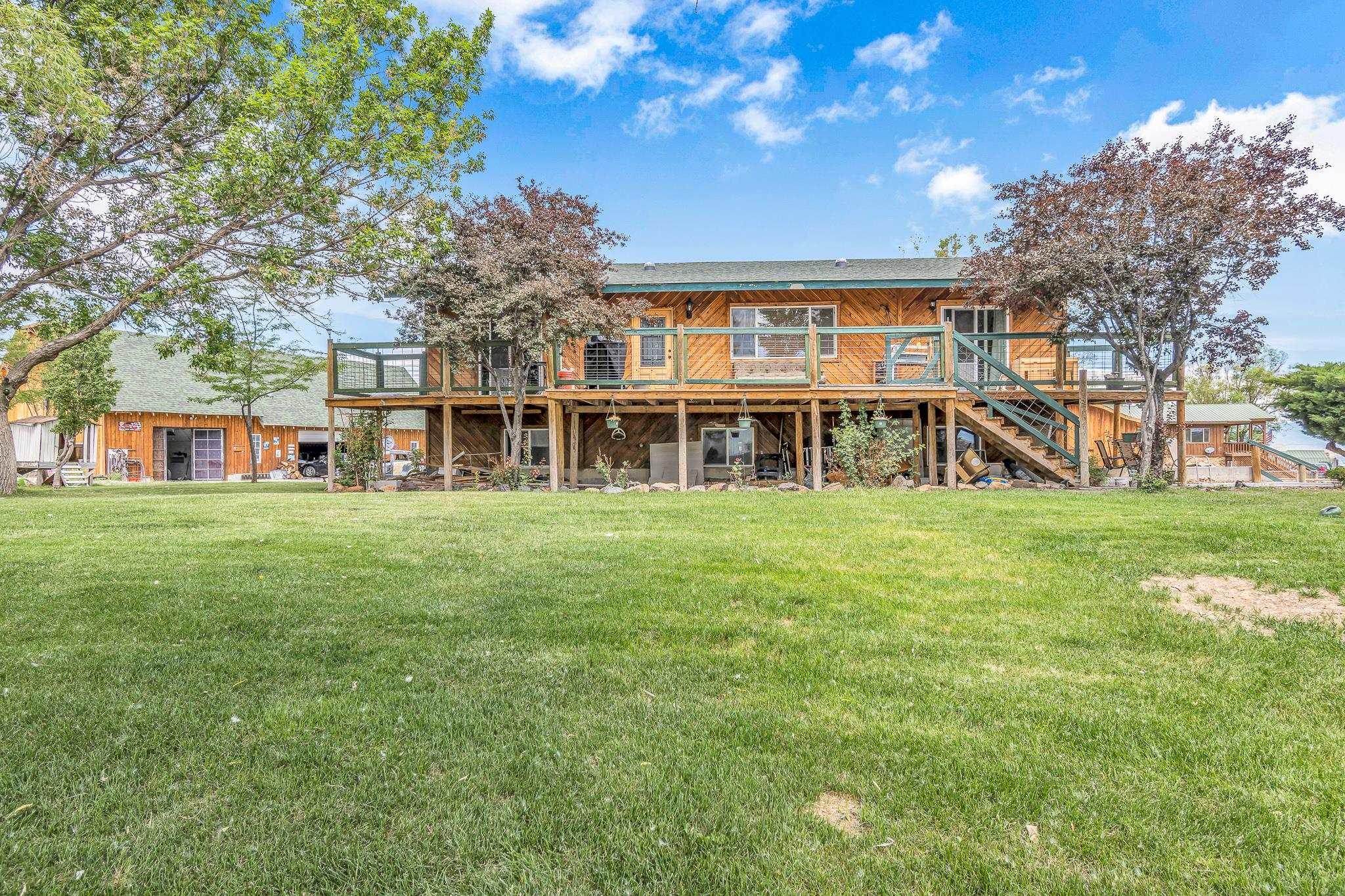 60977 Gunnison Avenue Property Photo 1