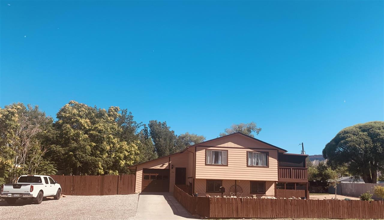 3310 S Highland Drive Property Photo 1