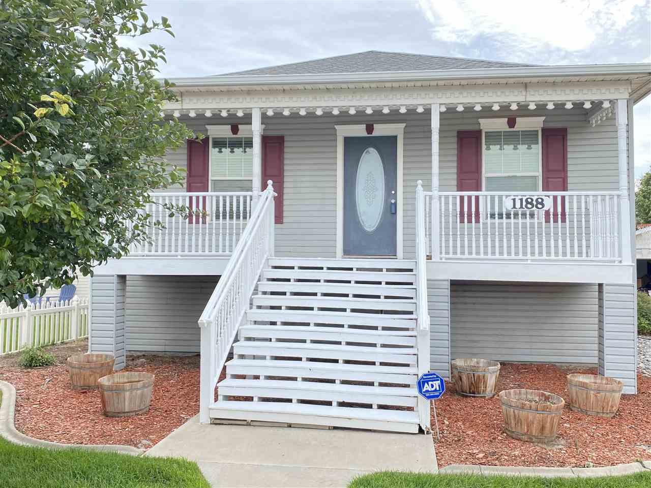 1188 Windsor Park Drive Property Photo 1